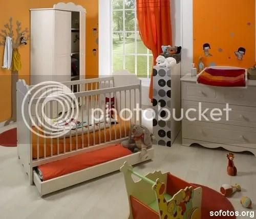 Quarto de bebe decorado amarelo