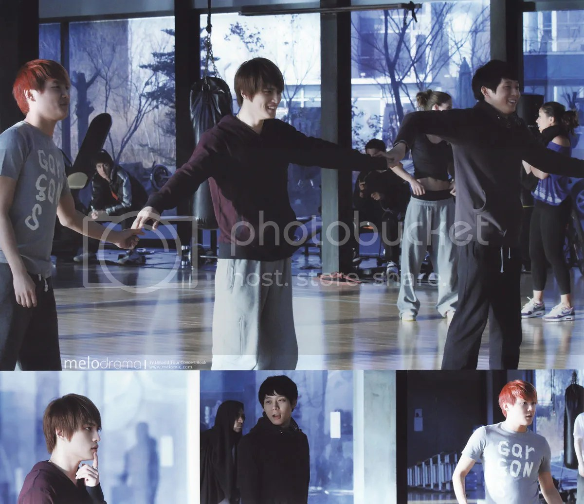 [PICS] JYJ World Tour Photobook