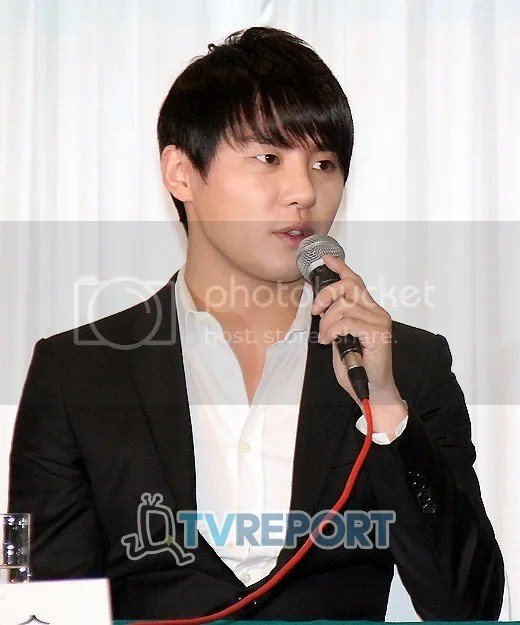 "[NEWS] 110722 The Reason Why Kim Junsu Chooses to Sing the OST for ""Scent Of A Woman"""