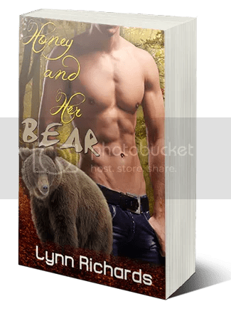 Honey and Her Bear by @LynnRichardsrom – a minion #review