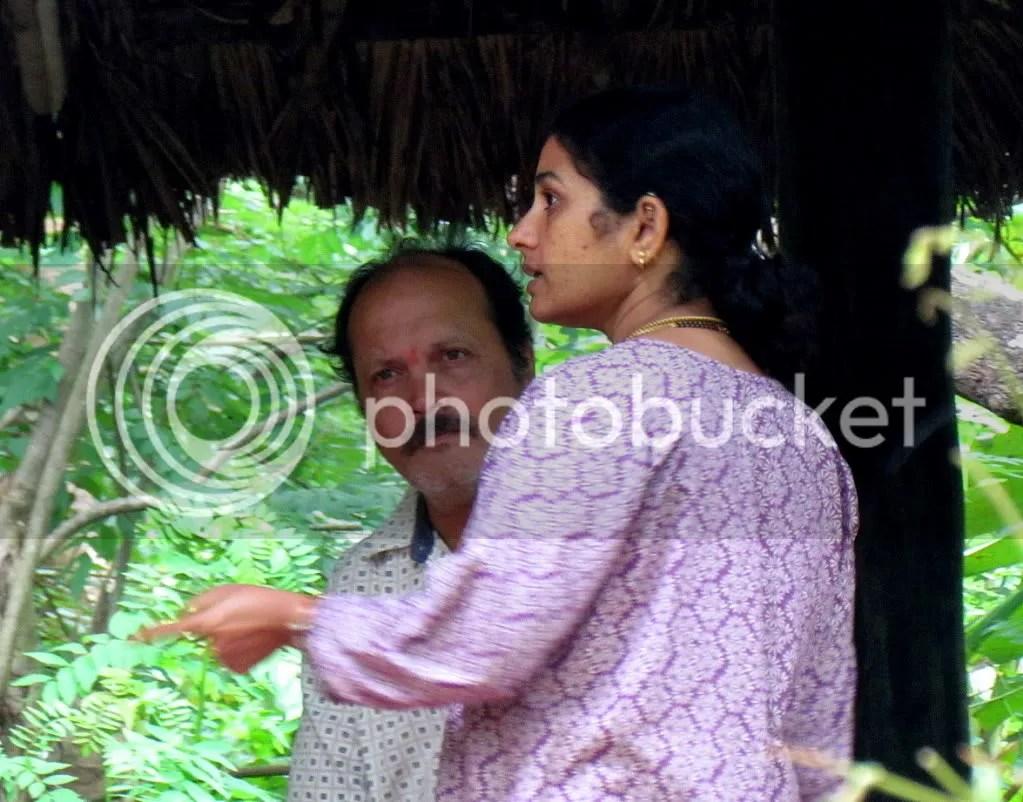 vinutha and husband discuss 130811 gudavi