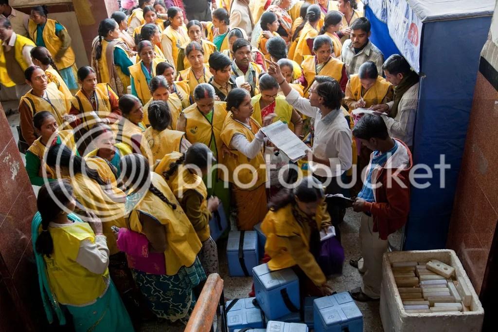 Polio Vaccination Teams in India