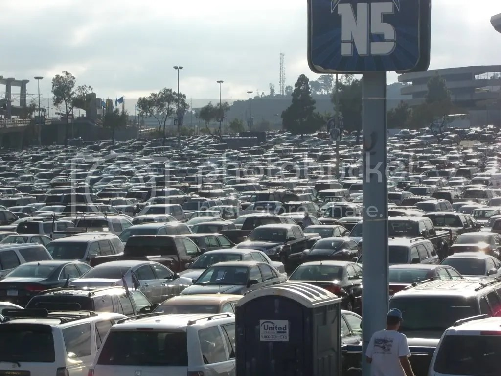 Full Parking Lot Qualcomm Stadium