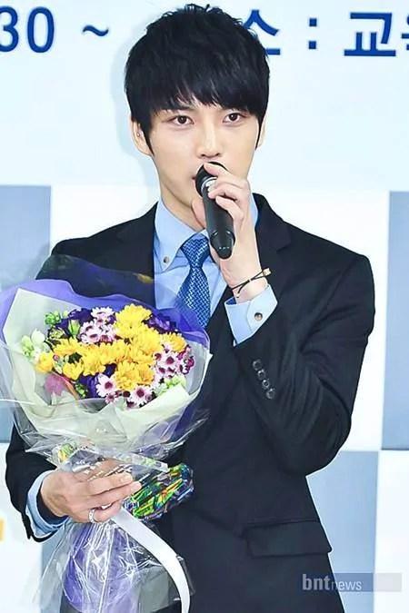 photo jj-bday-fans-5-million-won-donation.jpg