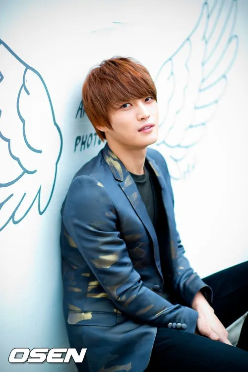 http://s1147.photobucket.com/albums/o550/JYJThree/2012/November/KJJ%20Korean%20Interviews/Osen/?action=view&current=201211150429774259_50a3f13c916e5.jpg