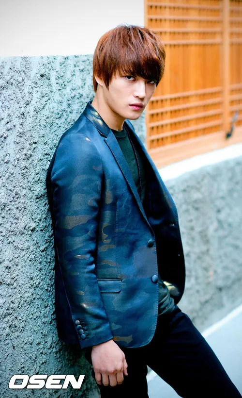 http://s1147.photobucket.com/albums/o550/JYJThree/2012/November/KJJ%20Korean%20Interviews/Osen/?action=view&current=201211150434773849_50a3f23e72358.jpg