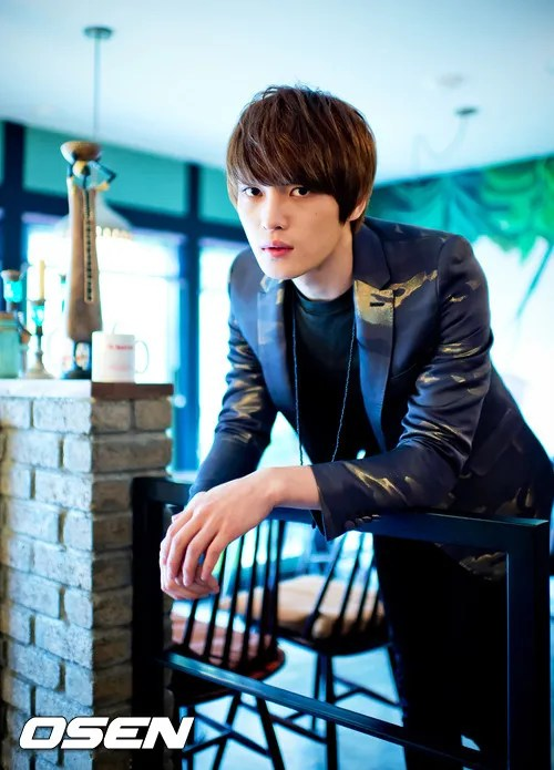 http://s1147.photobucket.com/albums/o550/JYJThree/2012/November/KJJ%20Korean%20Interviews/Osen/?action=view&current=201211150434778404_50a3f24d5b102.jpg