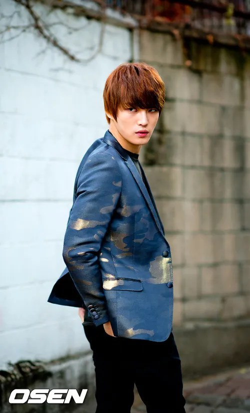 http://s1147.photobucket.com/albums/o550/JYJThree/2012/November/KJJ%20Korean%20Interviews/Osen/?action=view&current=201211150441774538_50a3f3e47e3e8.jpg