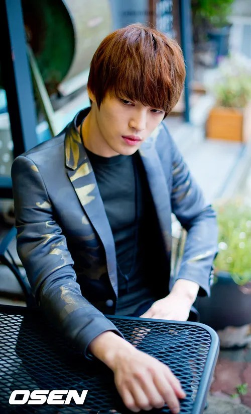 http://s1147.photobucket.com/albums/o550/JYJThree/2012/November/KJJ%20Korean%20Interviews/Osen/?action=view&current=201211150442776086_50a3f41b691b7.jpg