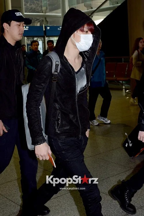 photo 62271-jyjs-kim-jae-joong-at-incheon-airport-leaving-for-fan-meeting-in-nanji.jpg