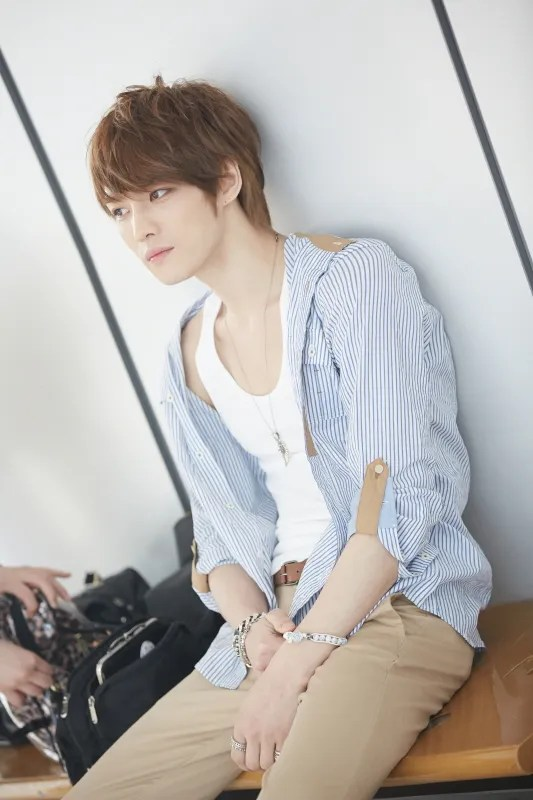 photo jaejoong-taking-a-break.jpg