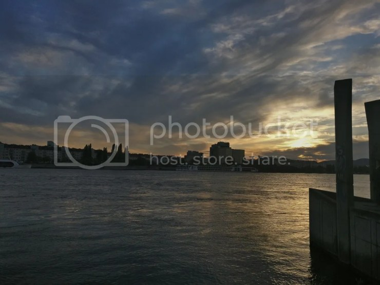 Sunset in Donauinsel