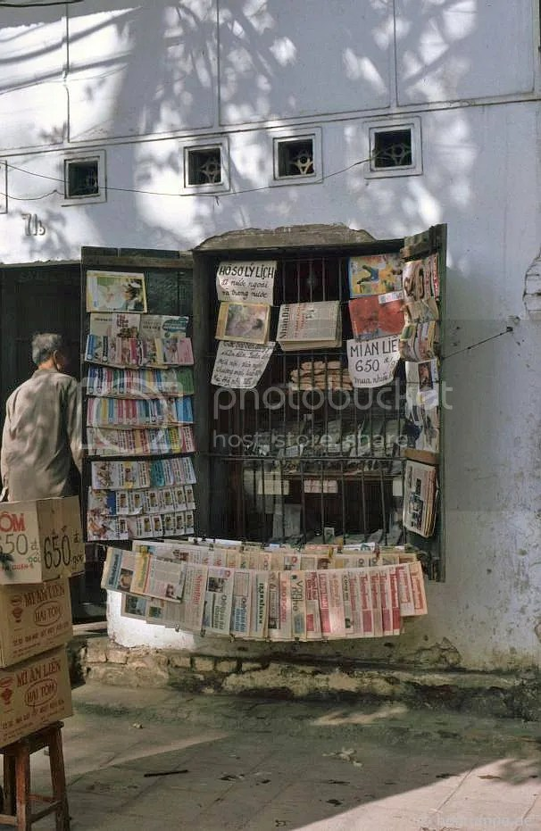 Hà Nội: Newsstand