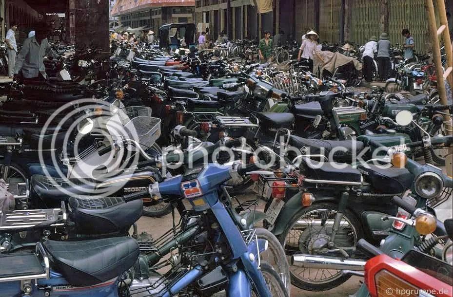 thị trấn Hà Nội cũ: xe hai bánh