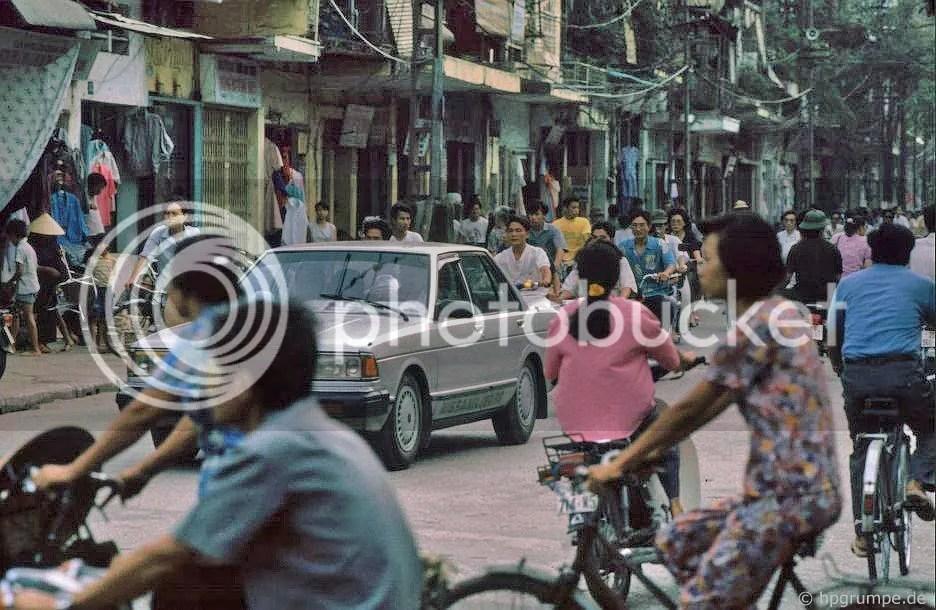 Hà Nội: Đường có xe
