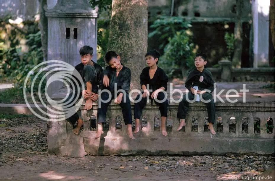 Hà Nội Đền Quan Thần - Tập đoàn Võ thuật