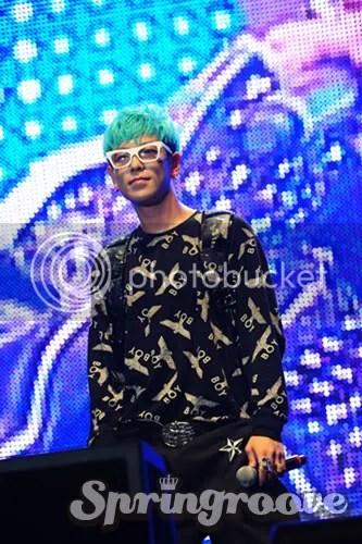 Ảnh chính thức về Big Bang trong Spring Groove