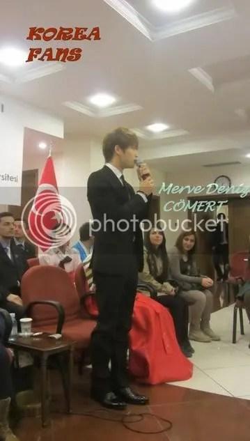 Những hình ảnh Jaejoong tại buổi hợp mặt ở trường đại học Ankara