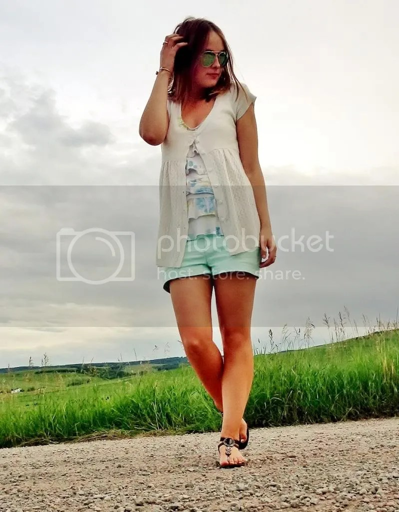 topshop mint leather shorts, forever 21 floral top, white eyelet sweater