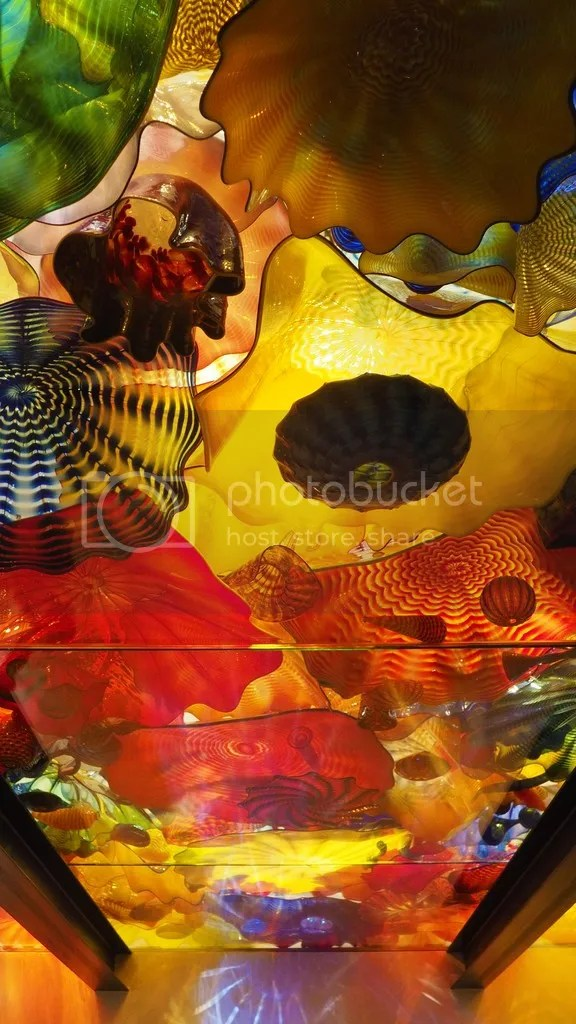 photo Chihuly_Glass_2_zpsmyiebech.jpg