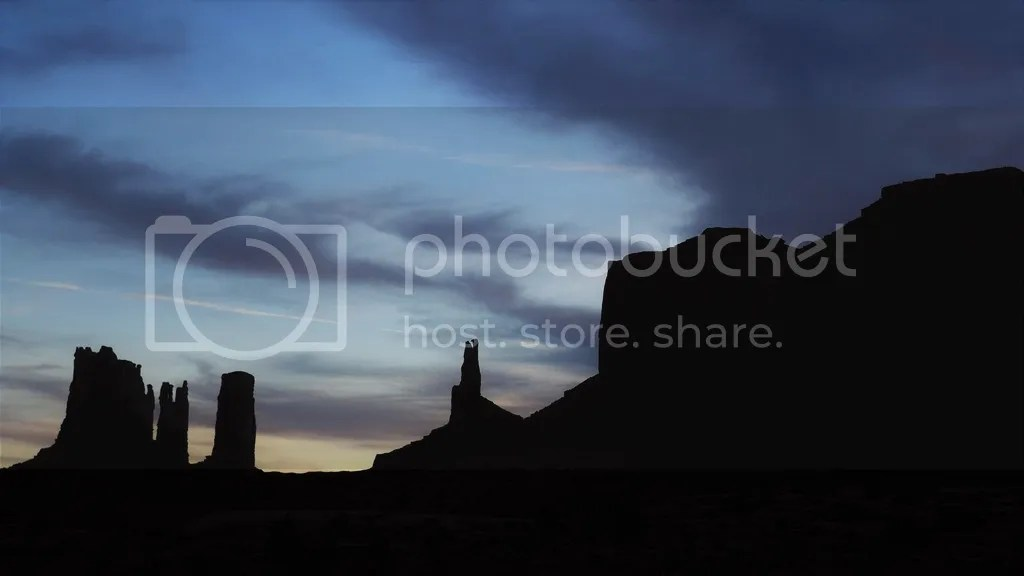 photo Monument_Valley_1_zpsj6xrsvvx.jpg