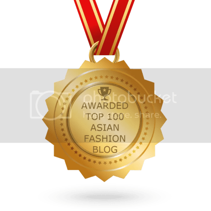 AyeshaHeart Blog Award