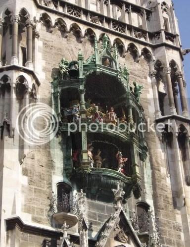 Munich's famous glockenspiel