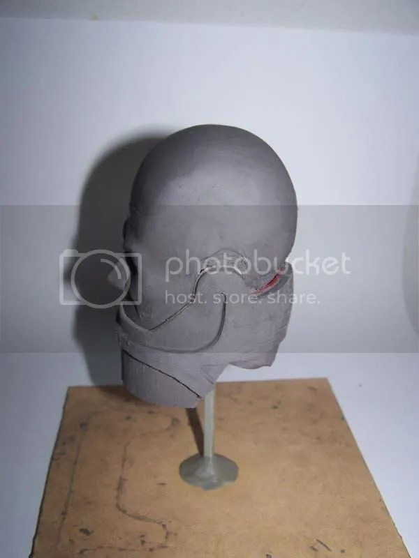 sculpture head side