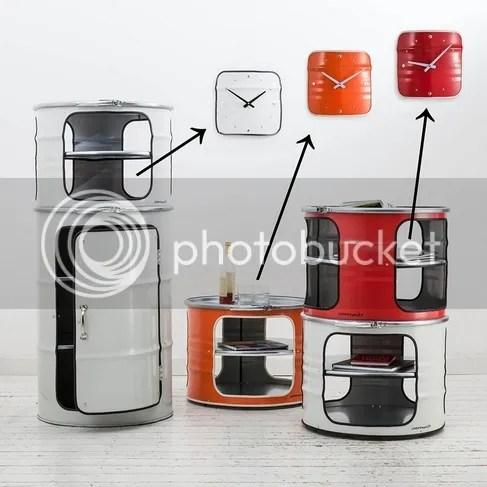 Wanduhr im Industriestil Metall Fassmöbel grau rot orange Industriedesign Industrielook Couchtisch Ausschnitt rund