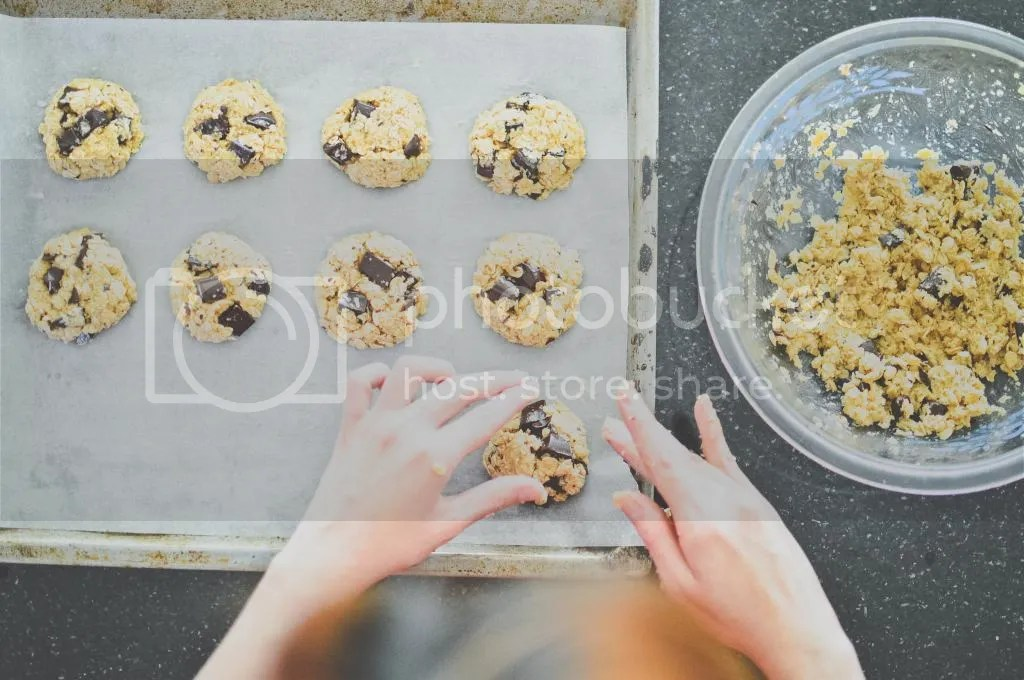 Oat & Barley Cookies with Coconut & Dark Chocolate Chunks