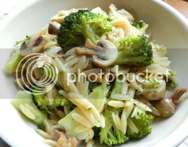 photo broccoli20amp20mushroom20orzo_zpsbcgmhfcg.jpg