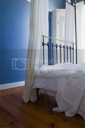 white sheets Pictures, Images and Photos