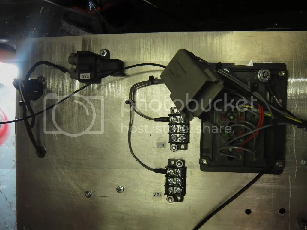 hight resolution of panel rear w aux 12v ill and can