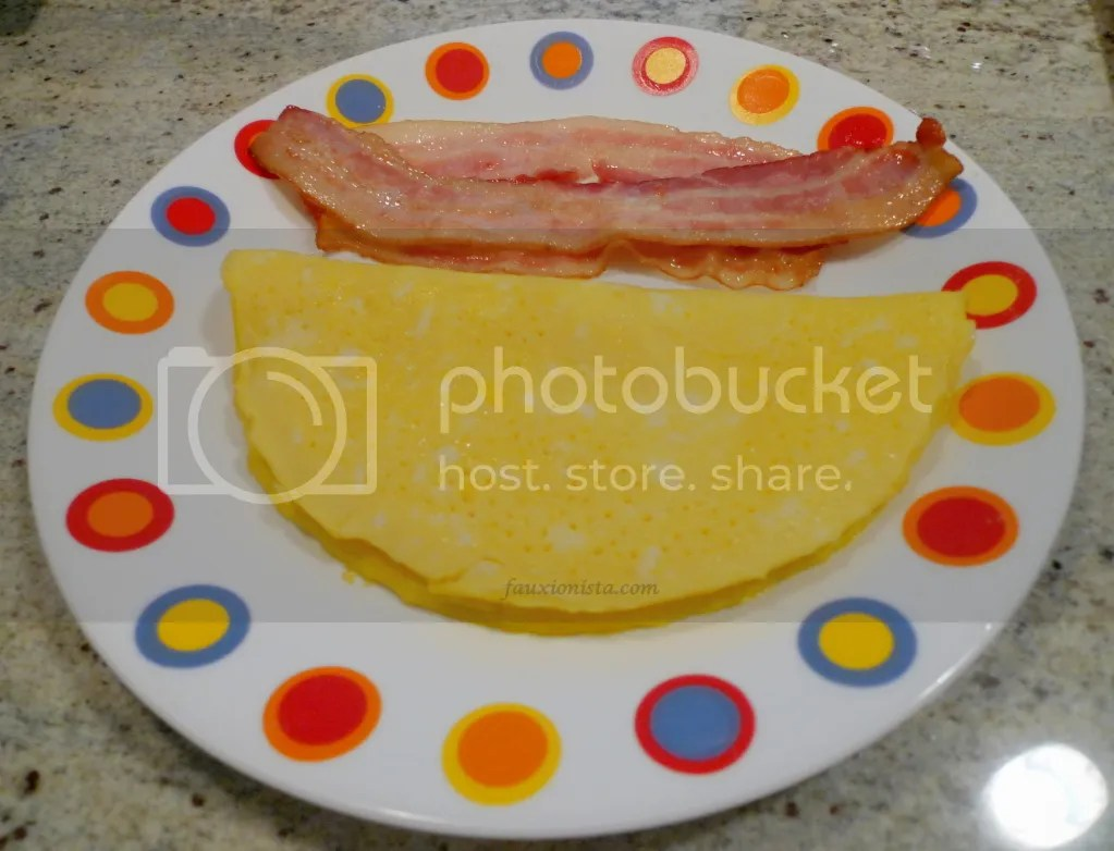 Egg and cheese omelet with bacon
