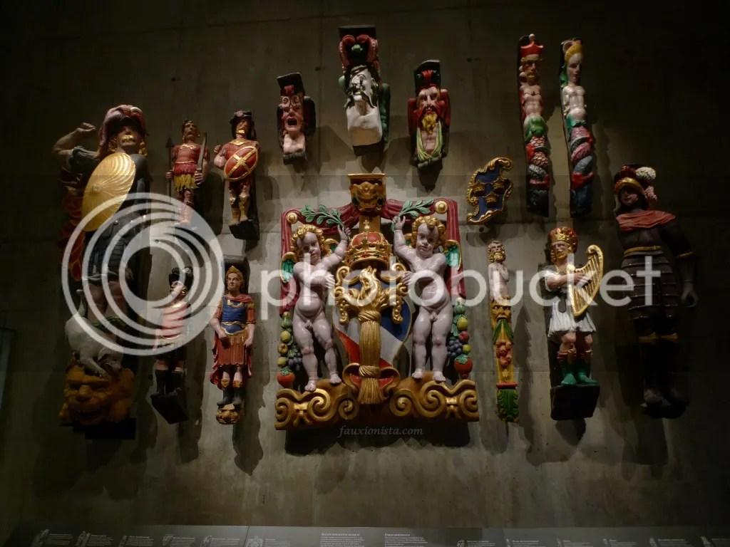 Sculptures of Vasa ship Stockholm in museum
