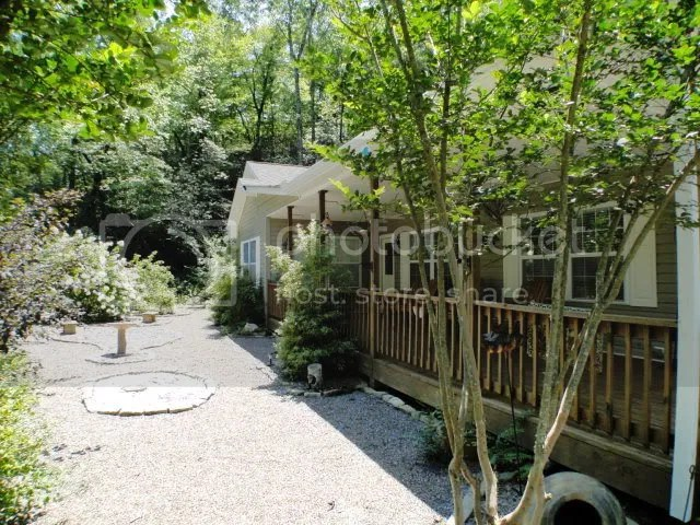 Absolutely pristine and low-maintenance 3 bedroom, 2 bath modular home with 1.42 acres, Franklin NC Real Estate, Otto NC Real Estate