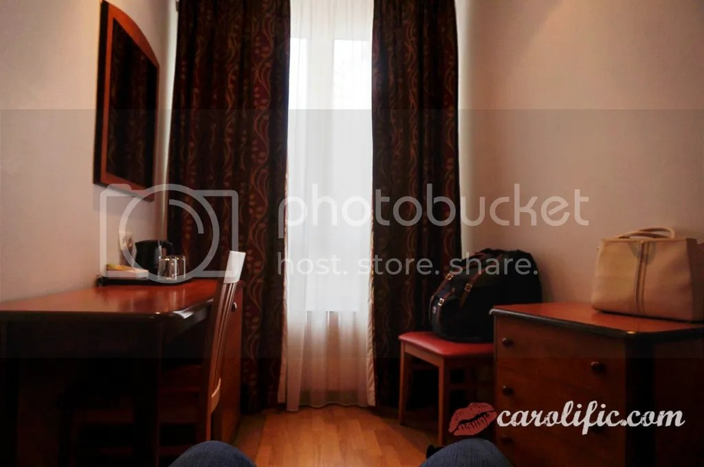 Paris, Travel, Hotel Home Moderne, Paris Hotel, Rue Brancion, 15th arrondissement, Thalys, Aux Cent Kilos, Where to Stay in Paris, Where to eat in Paris, Parc Georges-Brassens, Good Paris Hotel, Cheap Paris Hotel,
