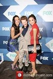 photo vanessa-lachey-seth-green-brenda-strong-fox-summer-tca_3793831_zpsffcacab1.jpg