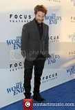 photo seth-green-the-worlds-end-hollywood-premiere_3828429_zps371bb064.jpg
