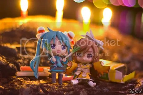Playing w/ Candles =/= Playing with Nendos!