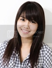 younger-long-hairstyle-with-bangs-hair-teen-girl