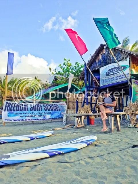 Freedom to Surf Surfing School