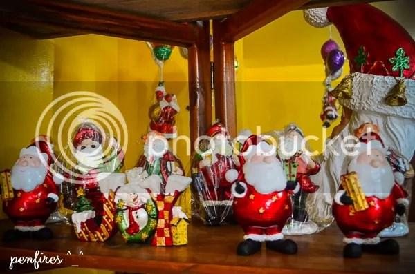 Paete Shops for Christmas