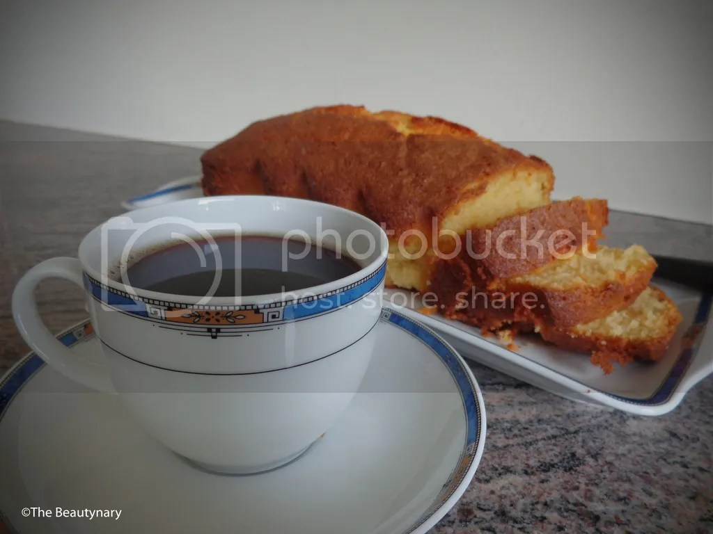 photo Yoghurt Cake 14_zpss2fpviss.jpg