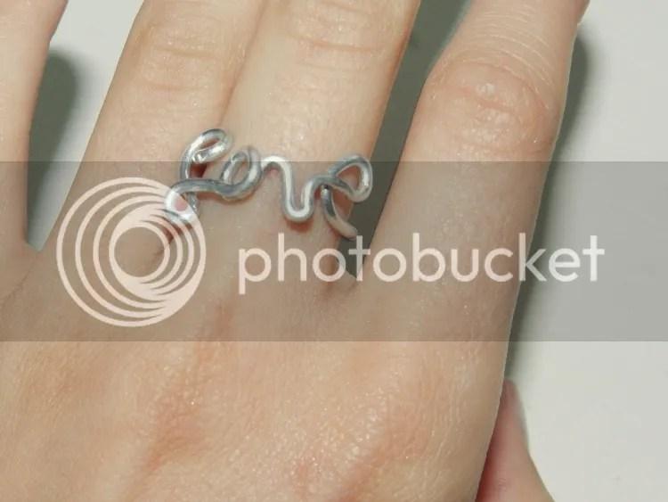 photo wired-rings-heart-eternity4.jpg