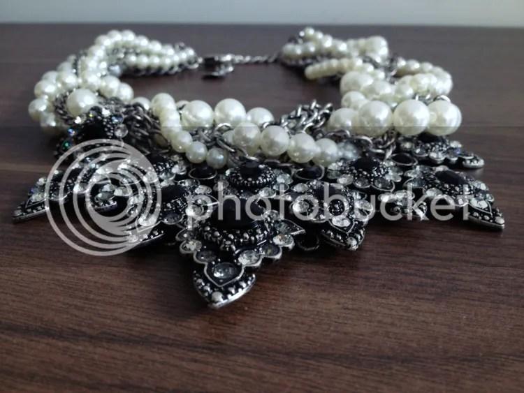 photo new-statement-jewelry4.jpg