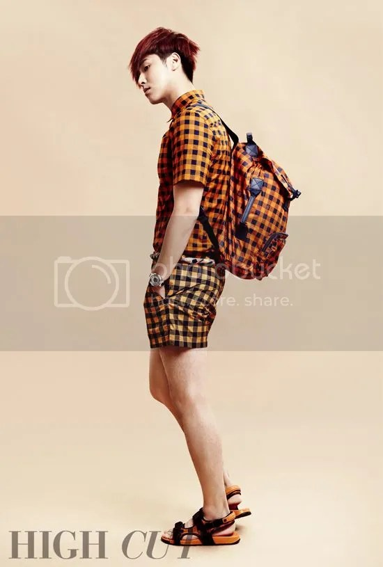 High Cut 102 photo highcut102yunho2_zpsd65ea8db.jpg