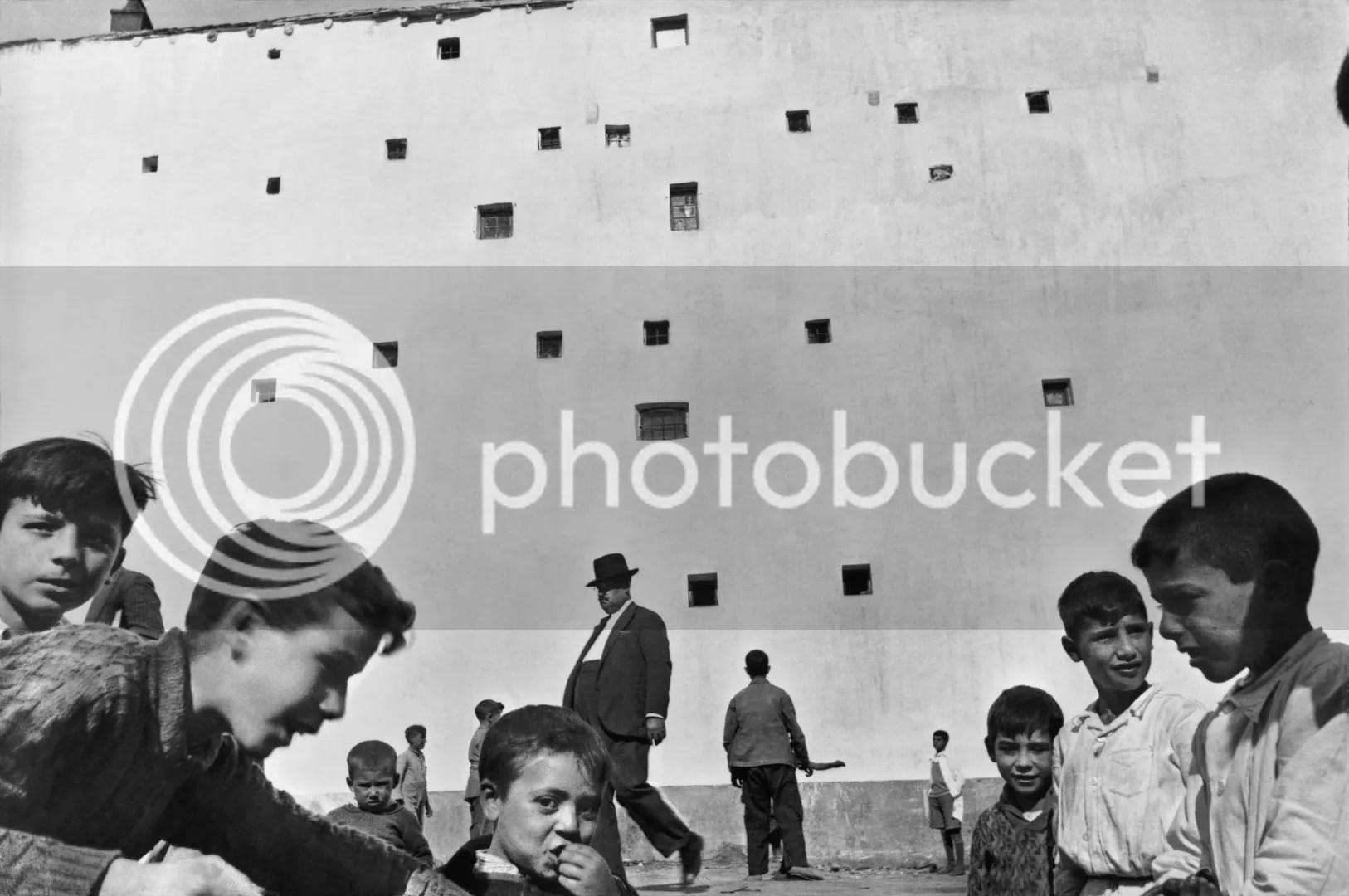 photo henri_cartier_bresson-squares.jpg