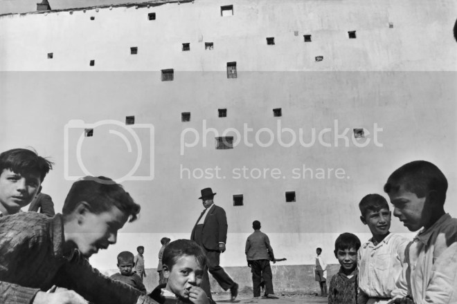 10 Things Henri Cartier Bresson Can Teach You About Street Photography