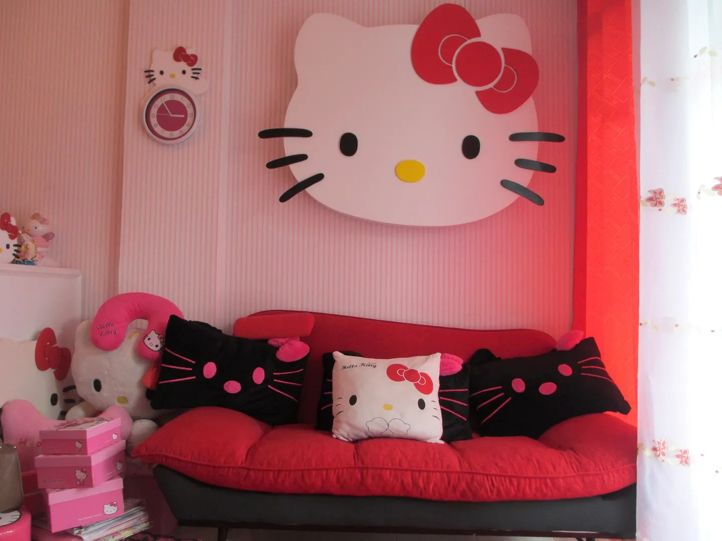 hello kitty spa pedicure chair graco tot loc real asian beauty momsie and